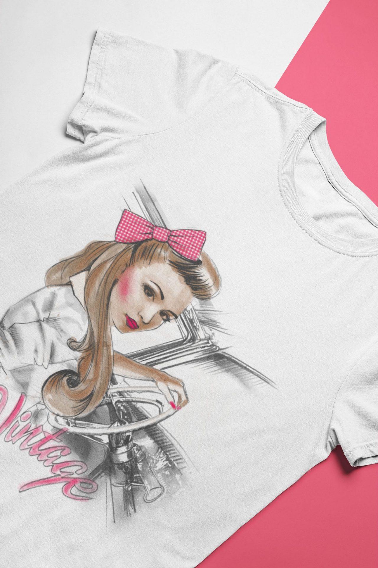 Vintage 50s Pin Up Lady T-Shirt, Motiv schöne Frau im Auto am Steuer